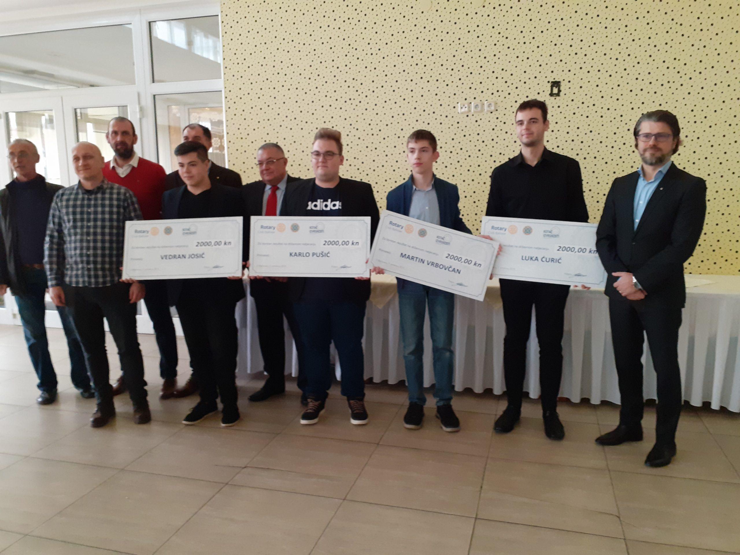 NAGRADE ZA IZVRSNOST Rotary klub Bjelovar odao priznanje uspješnim mladim STEM-ovcima