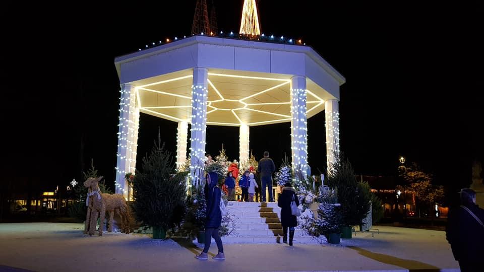 BLAGDANSKA ČAROLIJA Počeo Advent u Bjelovaru