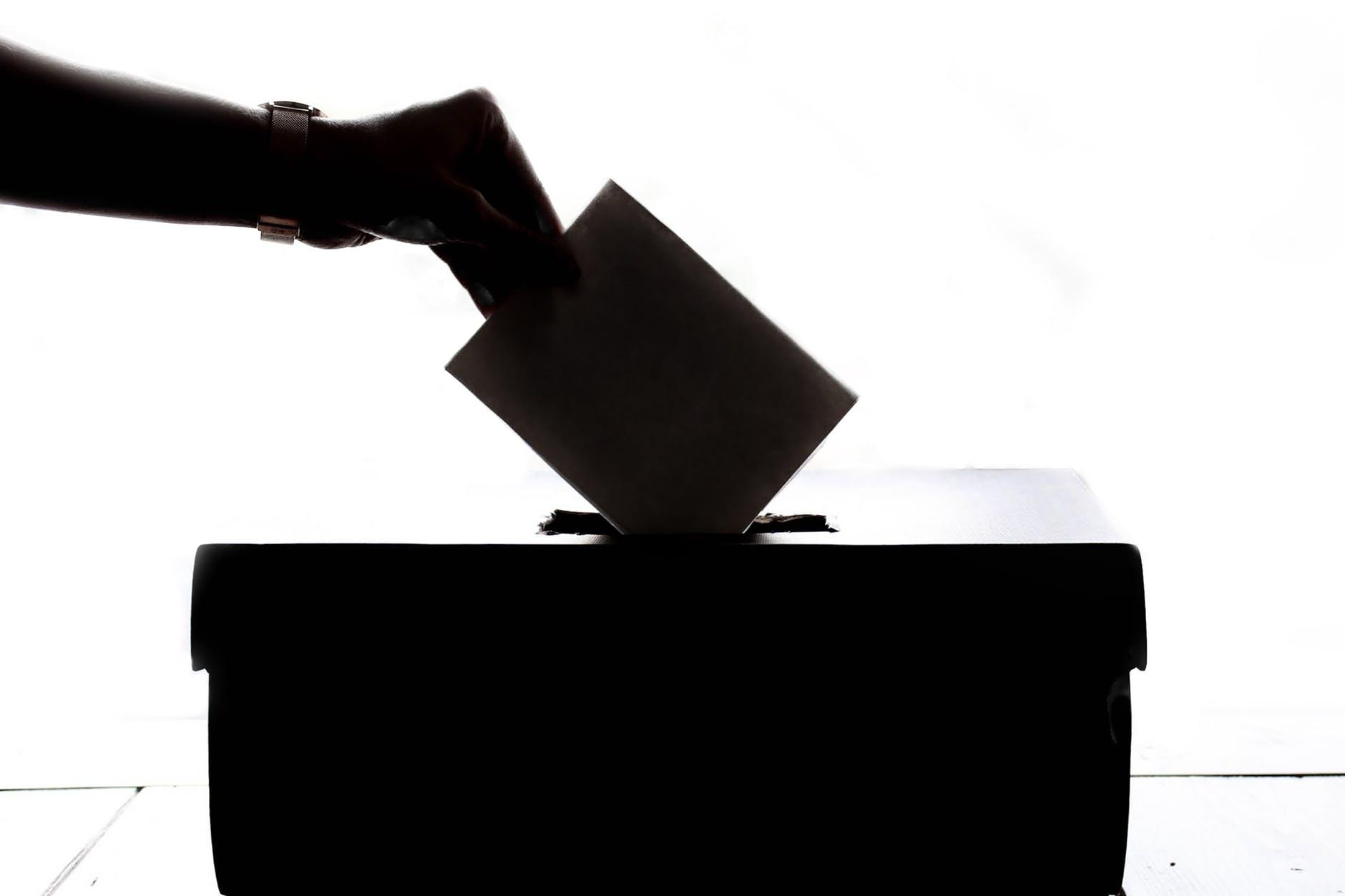 NOVI CROBAROMETAR Deset dana prije izbora, HDZ prvi izbor birača