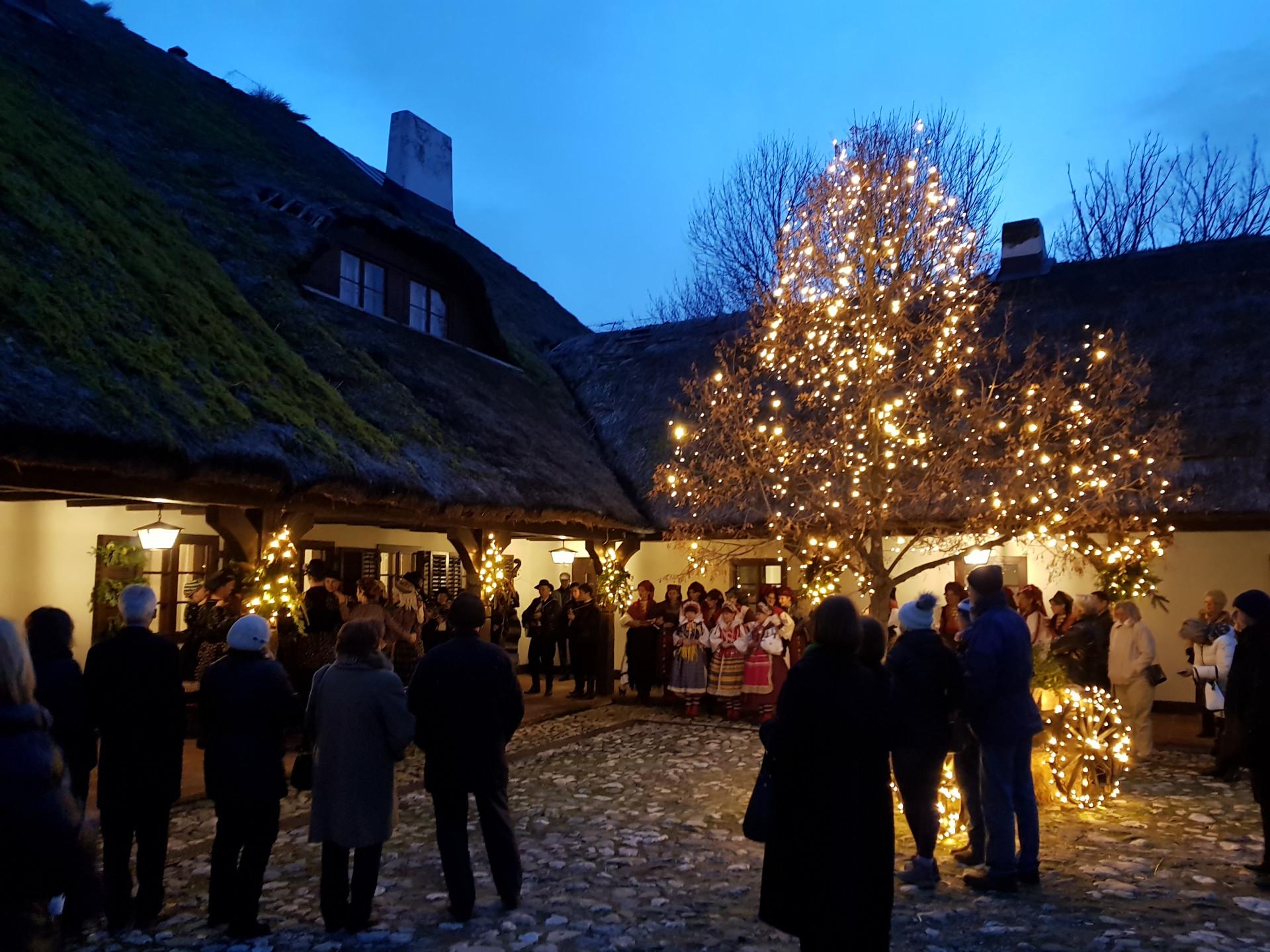 VILA PREKRIŽJE Savršeno odredište za ljubitelje tradicionalnog Božića