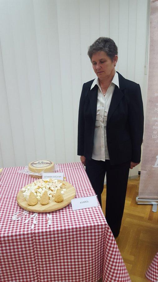 ZAŠTITA PROIZVODA Paški sir u Uniji pretekao bjelovarski kvargl