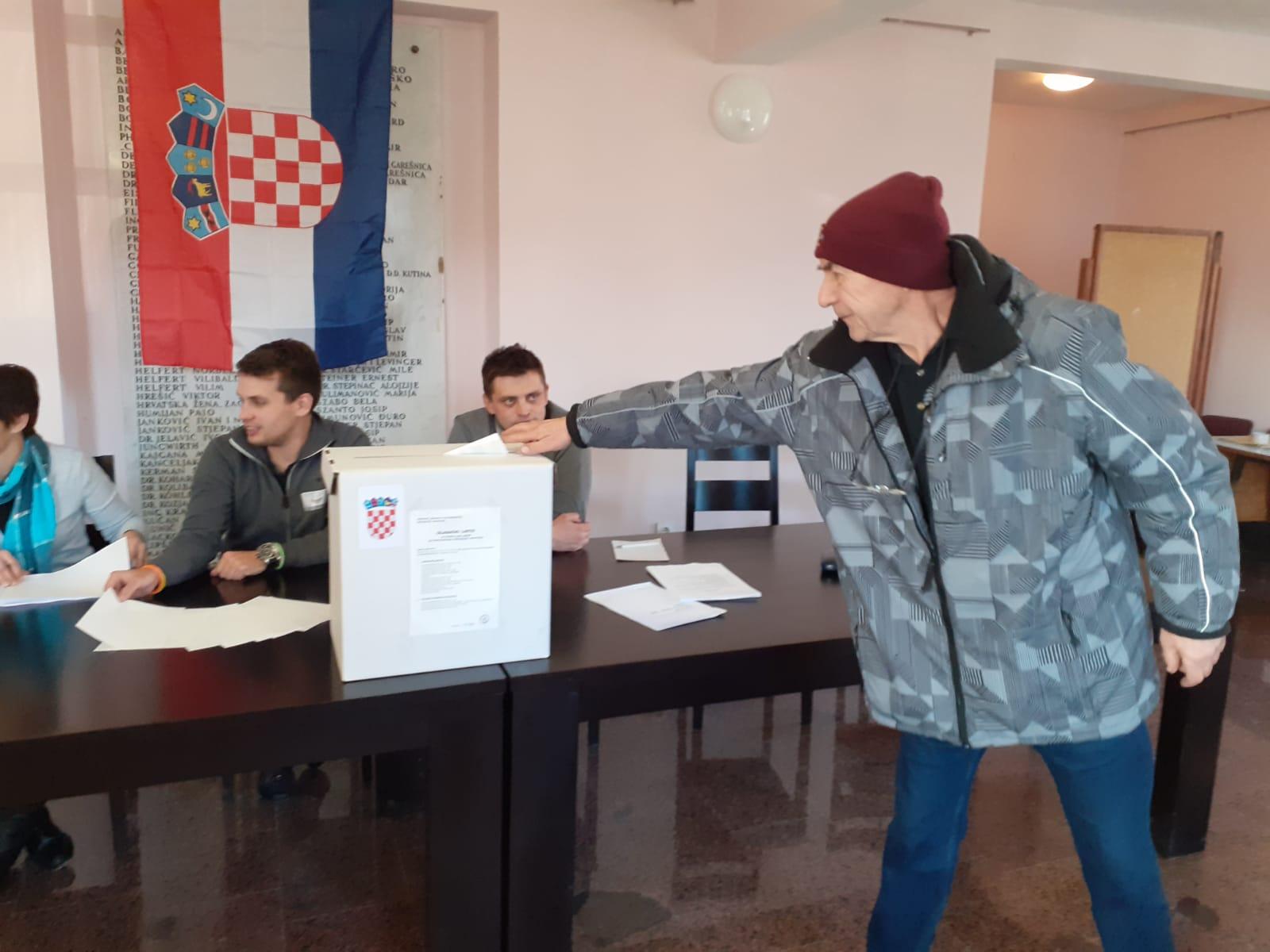 DO 11,30 Najveća, ali i najmanja izlaznost u županijama središnje Hrvatske