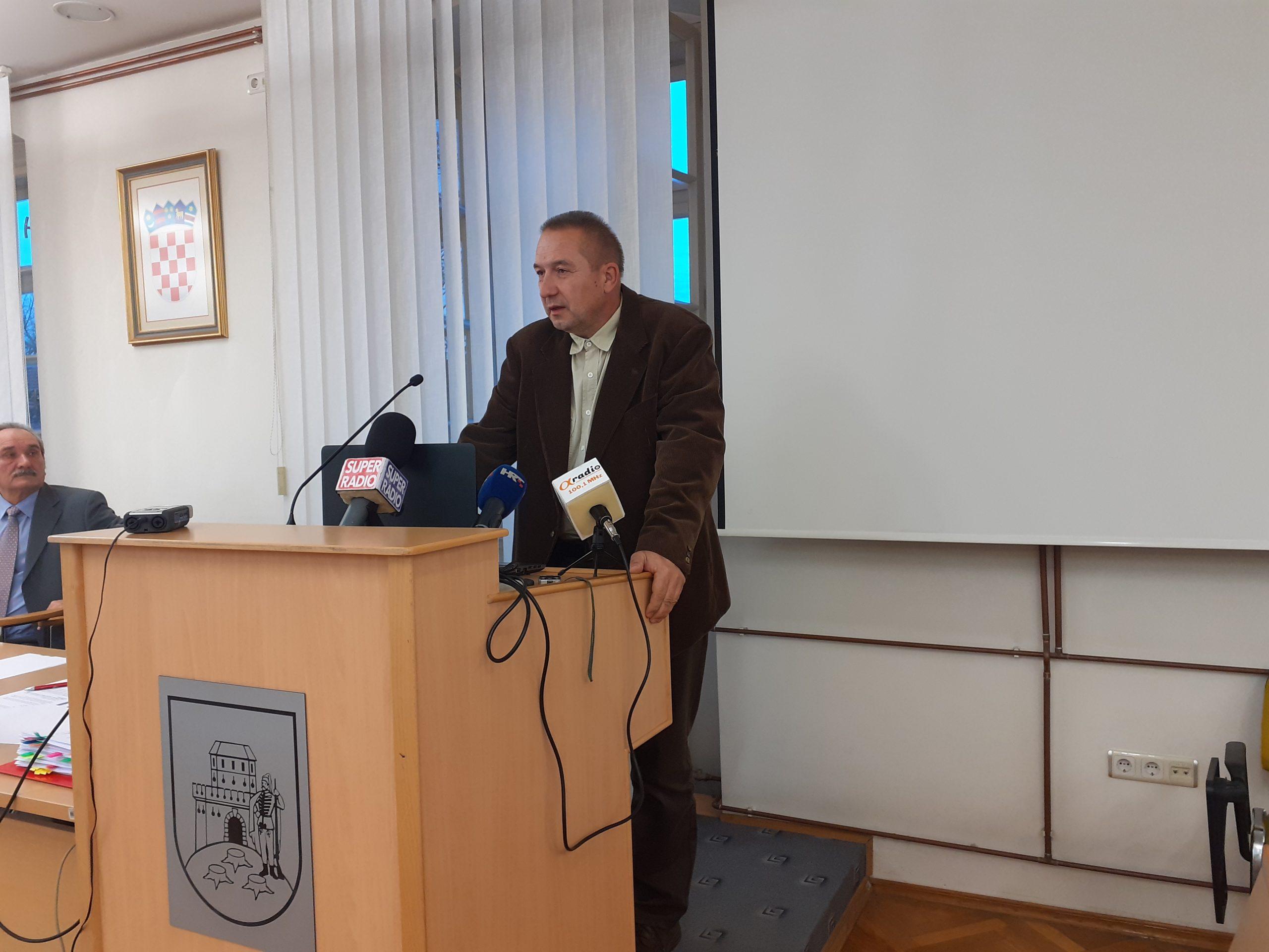 OPTUŽNICA ZBOG LOVA Gradski vijećnik Nekvapil odbija optužbe za malverzacije