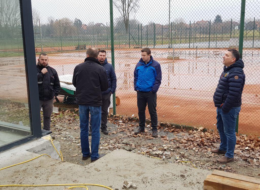 SPORT Nastavljeno opremanje teniskog kluba