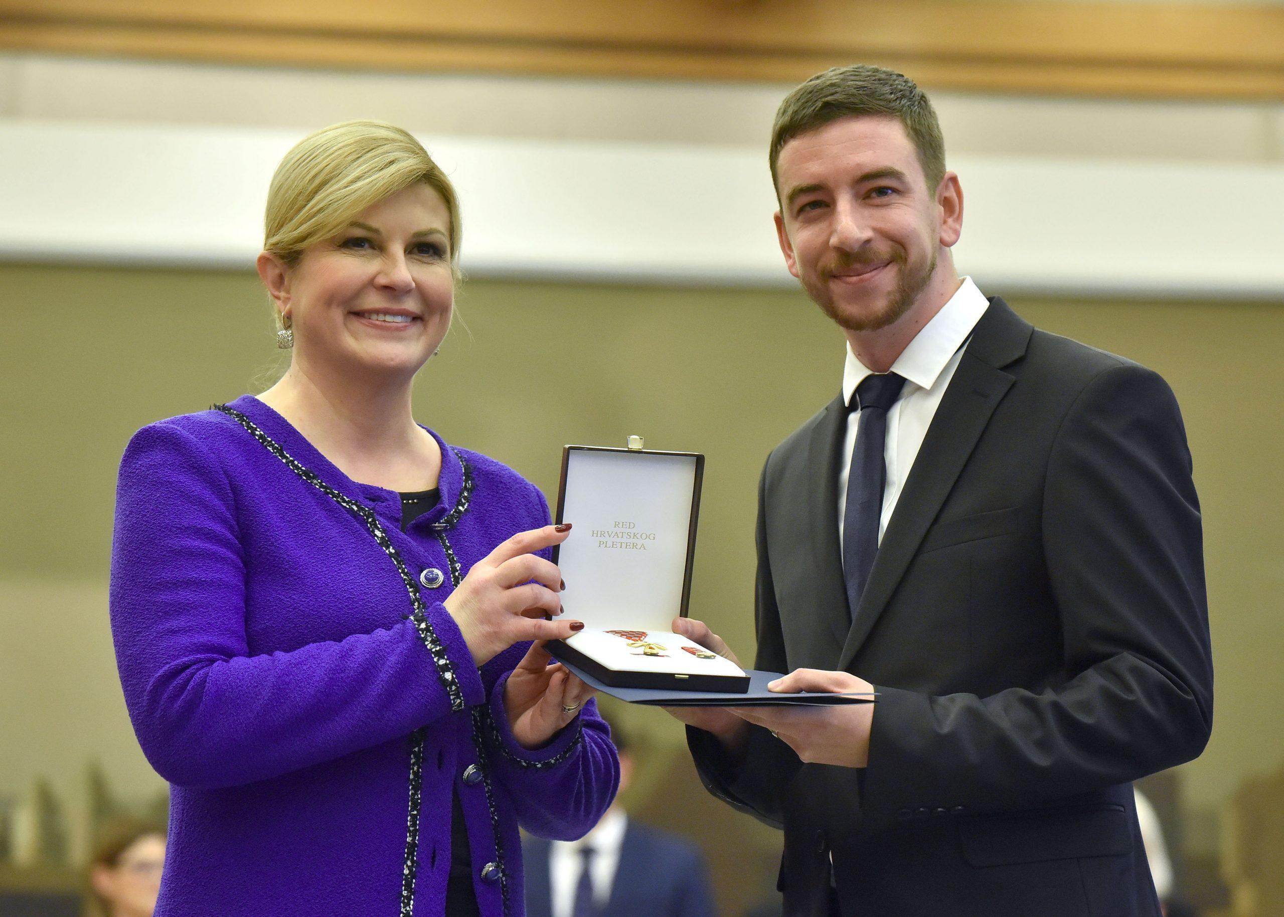 KOD PREDSJEDNICE Priznanje primio i Marin Sabolović