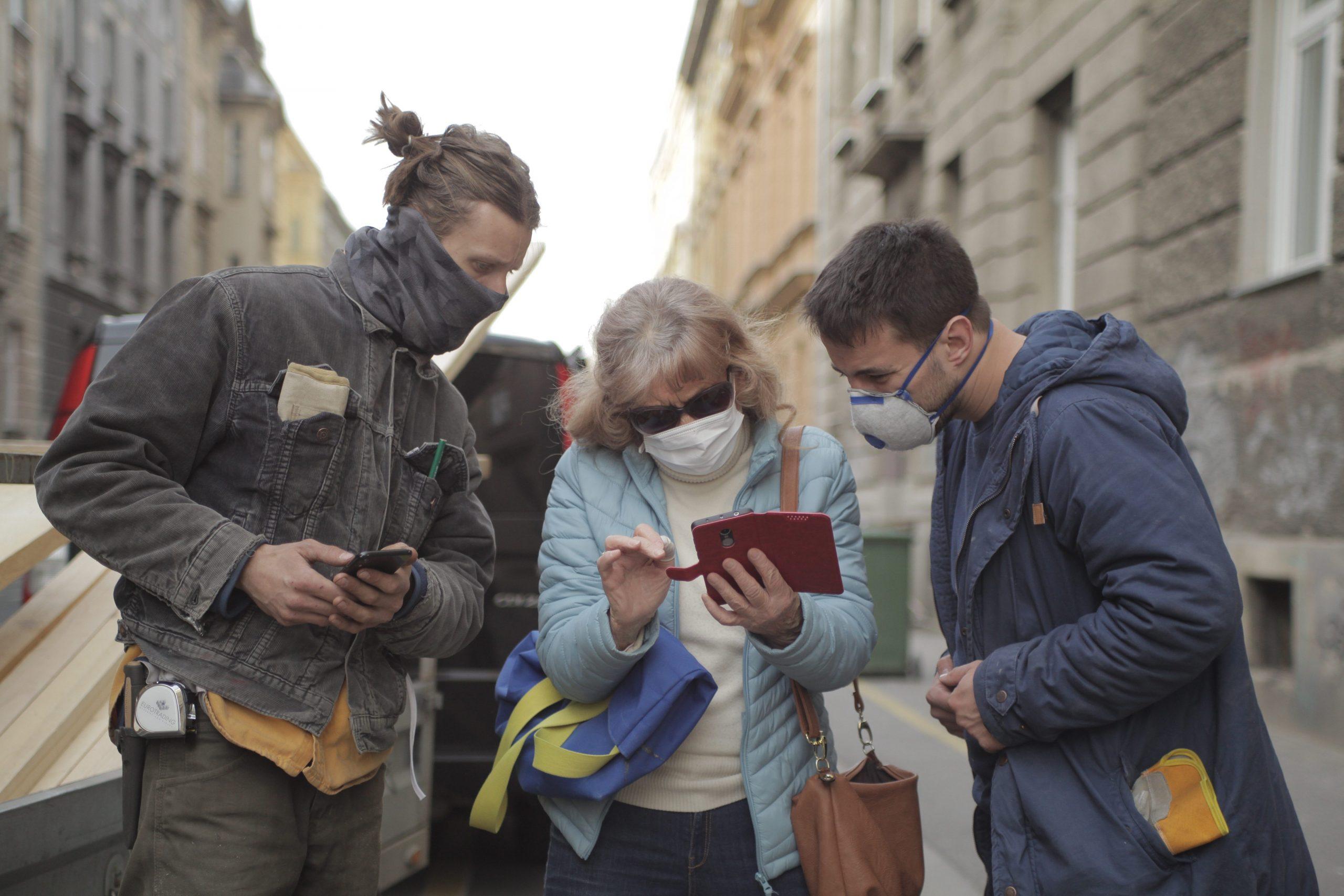 VELIKO SRCE Nakon zagrebačkog potresa ljudima saniraju krovove