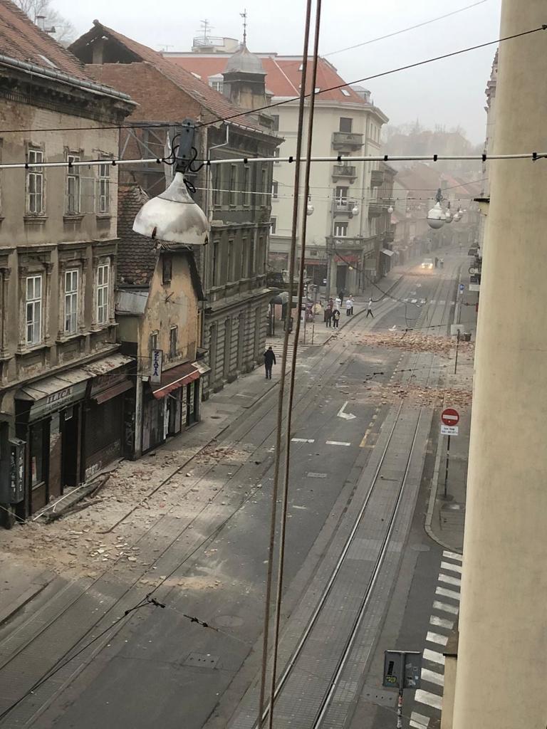 KRIZNI STOŽER Otvorena posebna linija za građane koji su ostali bez krova nad glavom