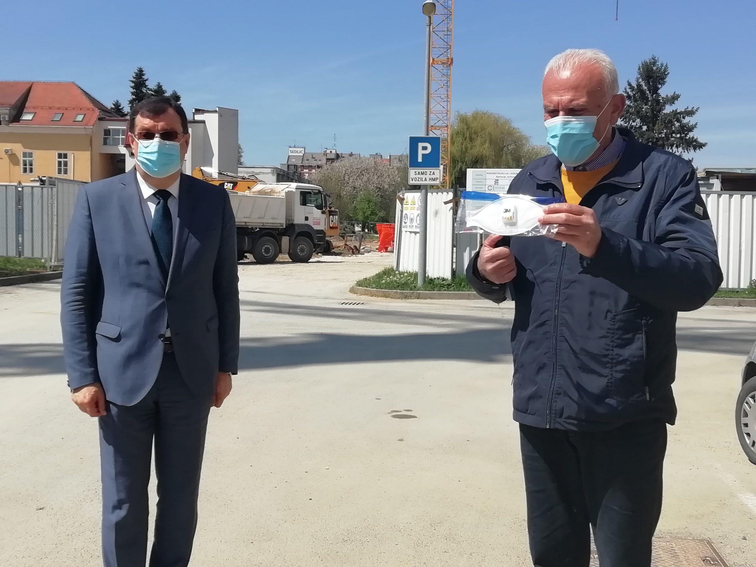 NOVA DONACIJA Zdravstvenim djelatnicima uručene nove maske