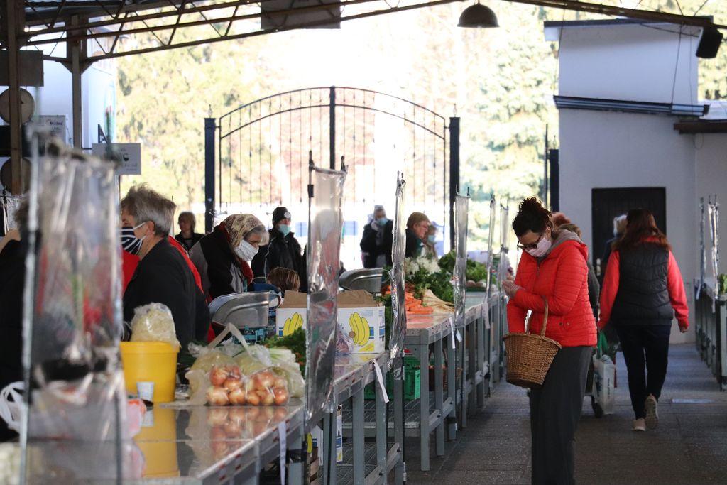 DONACIJA Prodavači na koprivničkom placu dobili eko vrećice