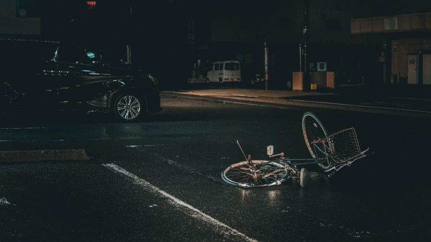 BICIKLISTI U PROMETU Pojedinci si popiju pa padaju po cesti