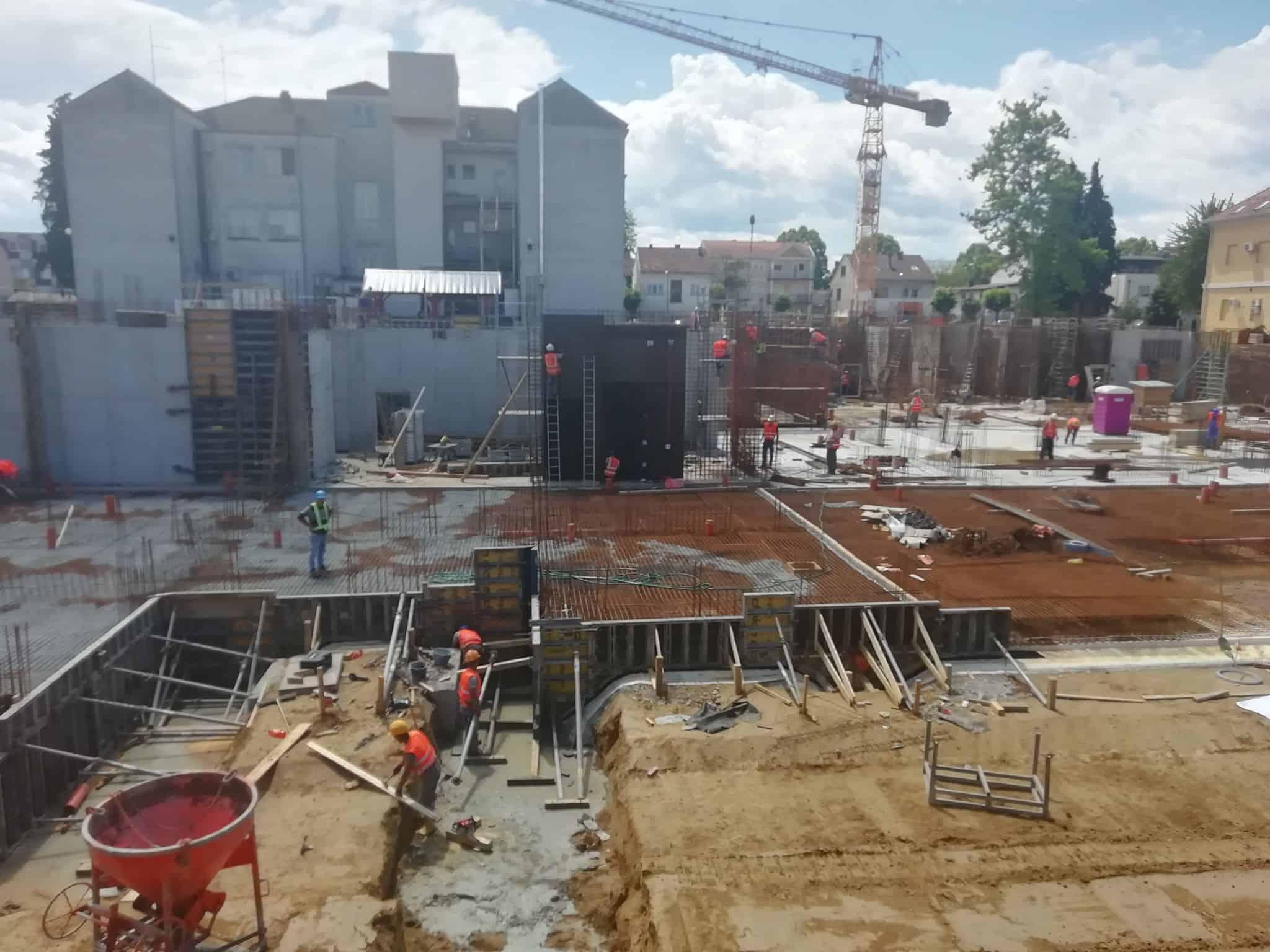 SLUČAJ 'BJELOVARSKA BOLNICA' Zatresli se temelji Bajsova kapitalnog projekta
