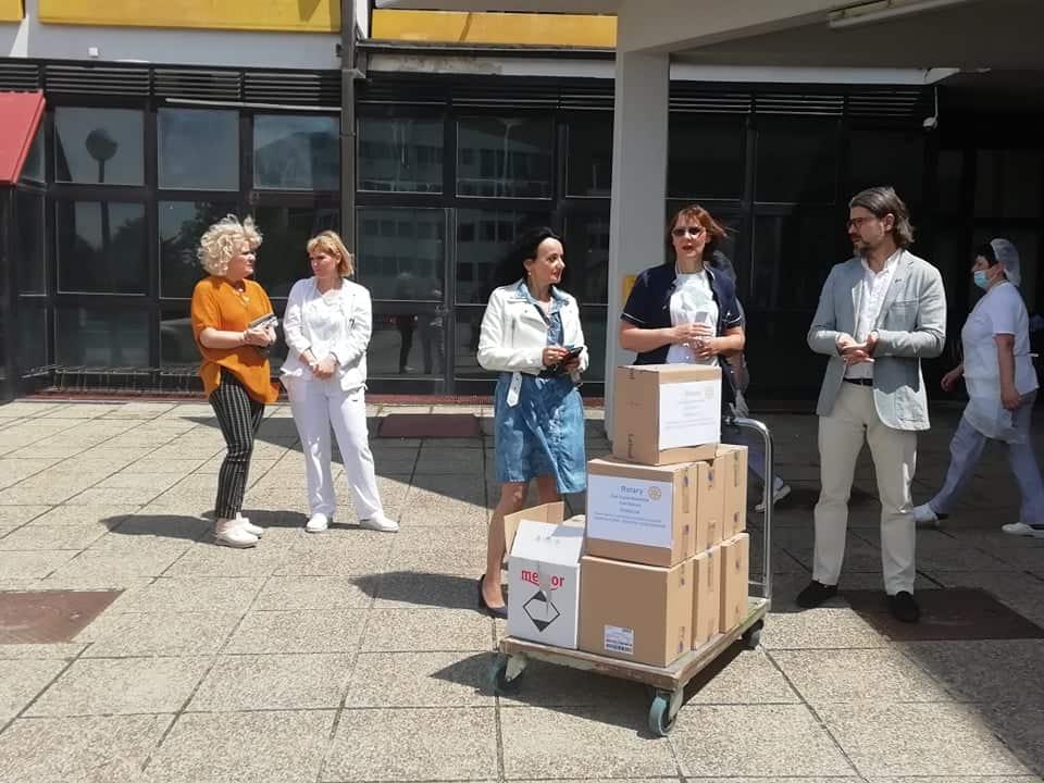 VRIJEDNA DONACIJA Rotarijanci korisnicima Doma uzvraćaju humanost