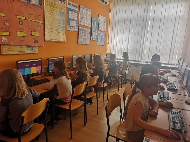 ČITAMO ODRŽIVO Učenici odigrali kviz, najbolji osvojili izlet u Đakovo