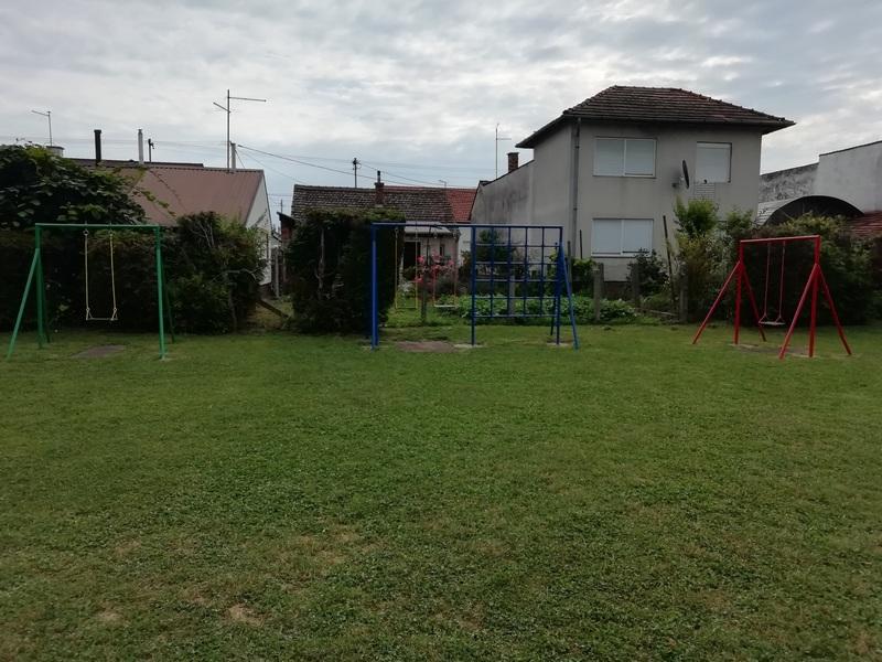 NAKON 40 GODINA Djeca iz Ulice 1. svibnja napokon imaju uređeno igralište