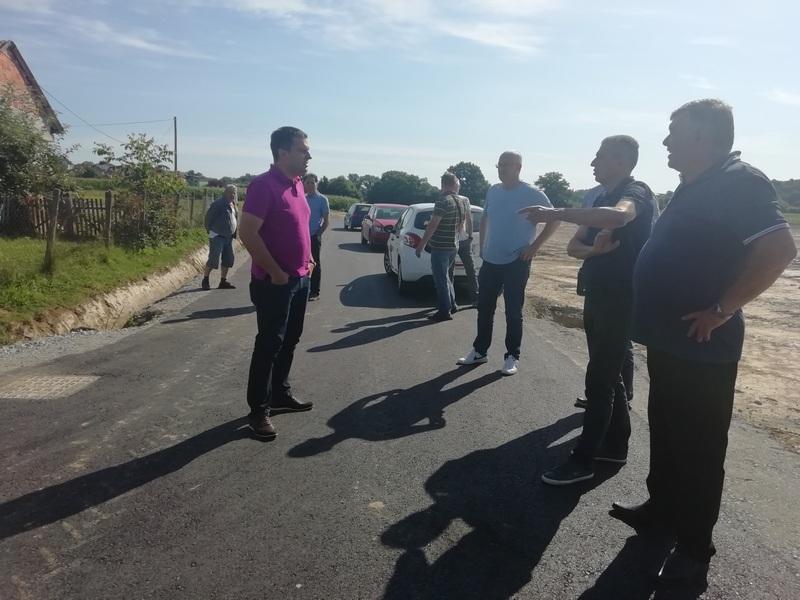 SURADNJA GRADA I VODNIH USLUGA Kanalizacija za devet ulica T. Markovca