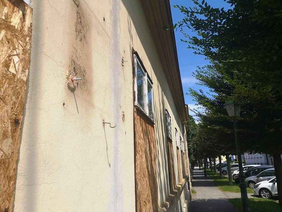 VANDALIZAM U obnovi spomen ploče istaknutom Bjelovarčaninu, očekuju pomoć Grada