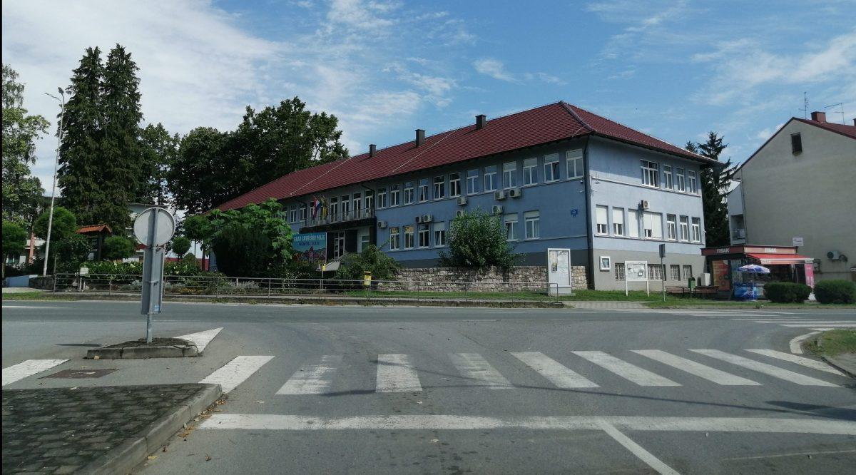 SIGURNOSTI RADI Obnavlja se nogostup u Ulici Terezije Bernardete Banje
