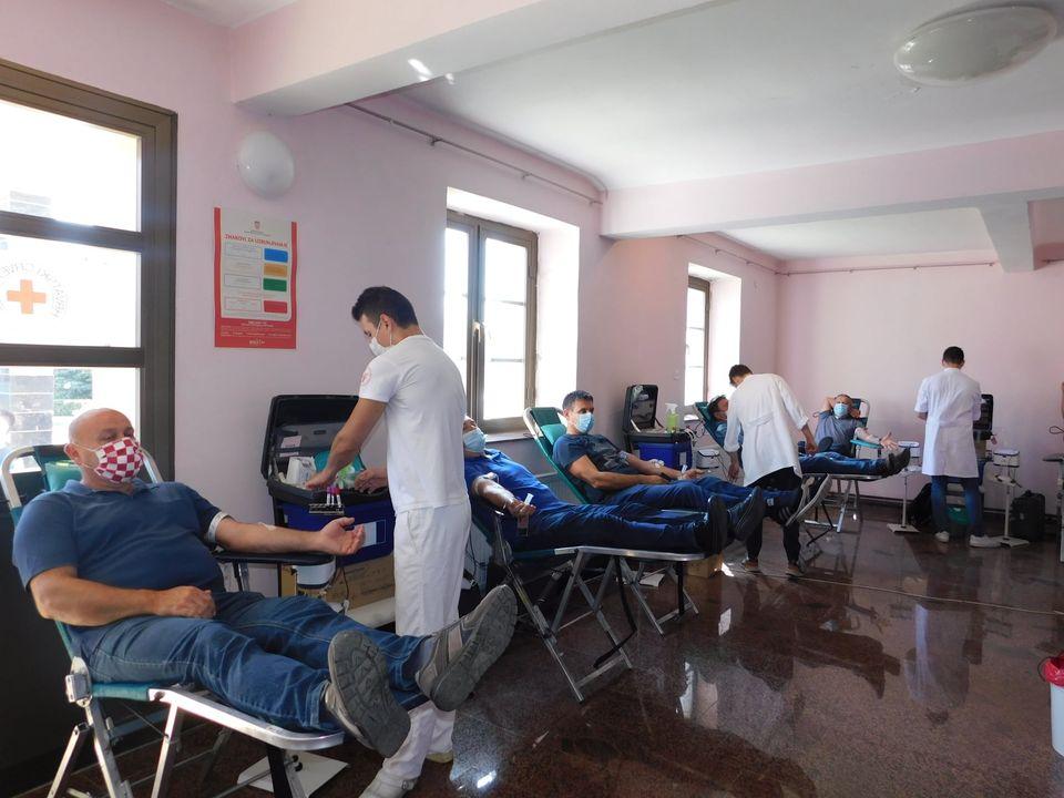 PLEMENITOST NA DJELU Garešničani prikupili 117 doza krvi