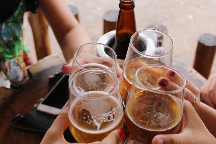 NOVE MJERE STOŽERA Manja javna okupljanja, zabrana prodaje alkohola, sport bez publike...