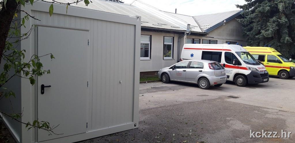 ZA TRIJAŽU Ispred Domova zdravlja postavljeni grijani kontejneri