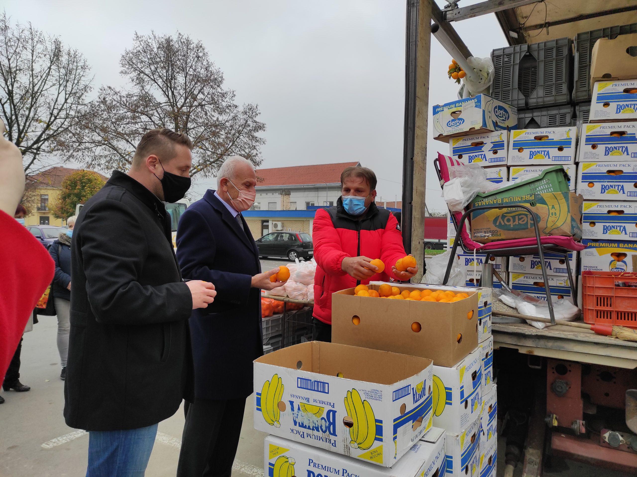 SOLIDARNOST Proizvođač mandarina bjelovarskoj bolnici donirao tonu voća