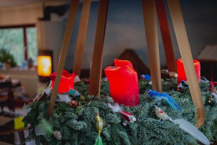 PUK'O IM FILM Obrtnici prijavili inspekciji online prodavače adventskih vijenaca!