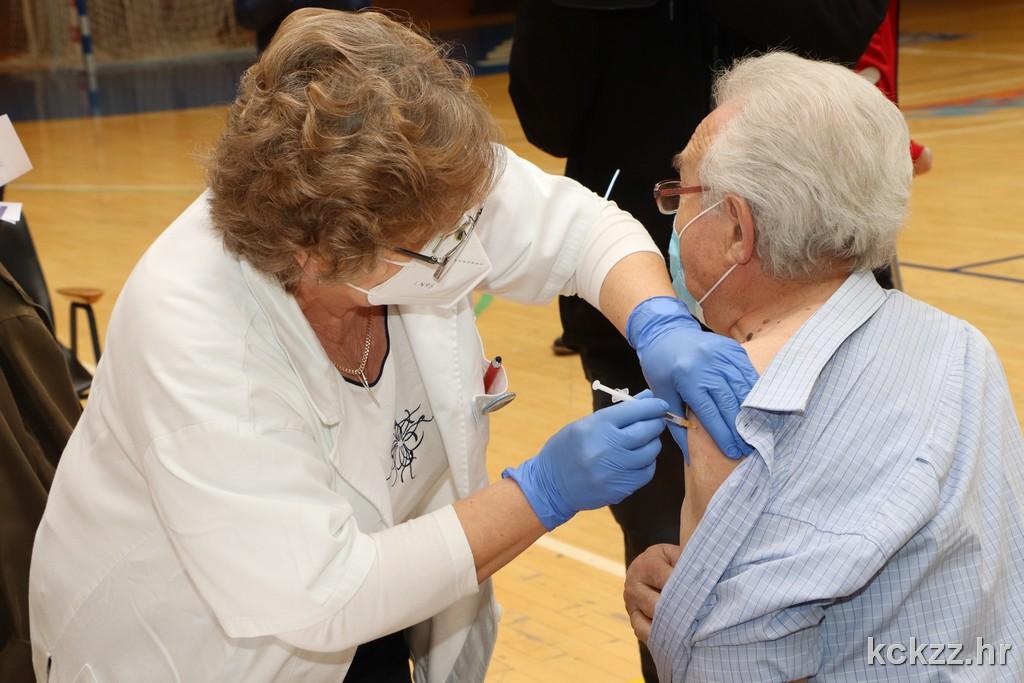 Počelo cijepljenje opće populacije