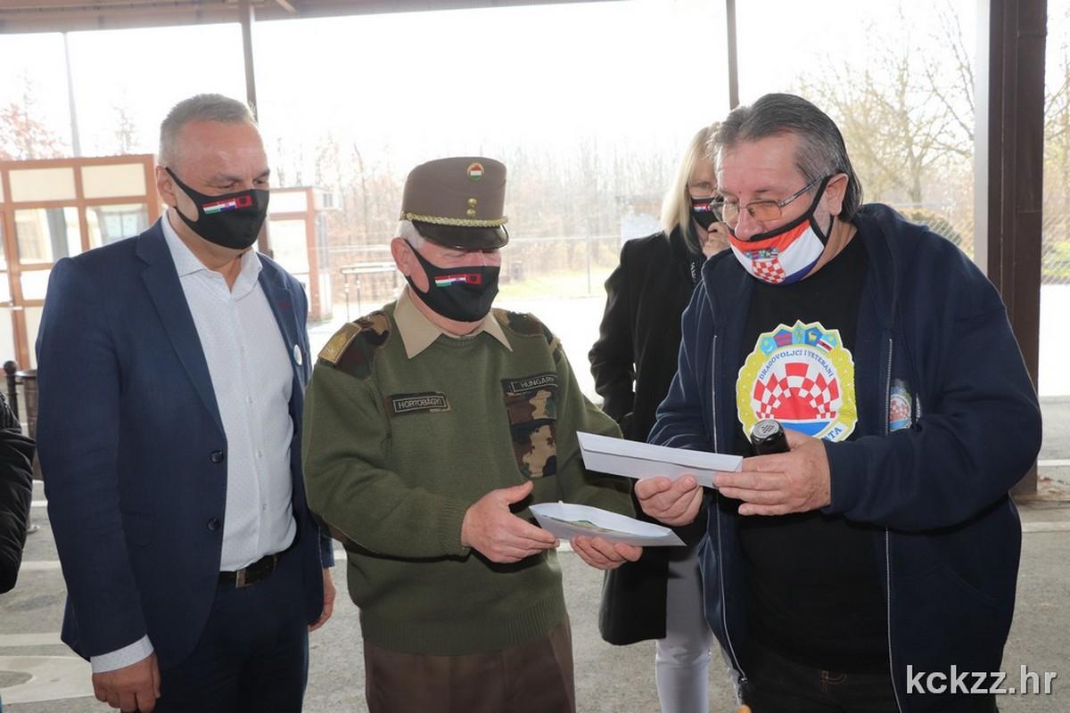 Iz Mađarske, preko Koprivnice, donacija Banovini