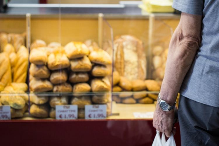 Zaražen koronom hodao po pekarama