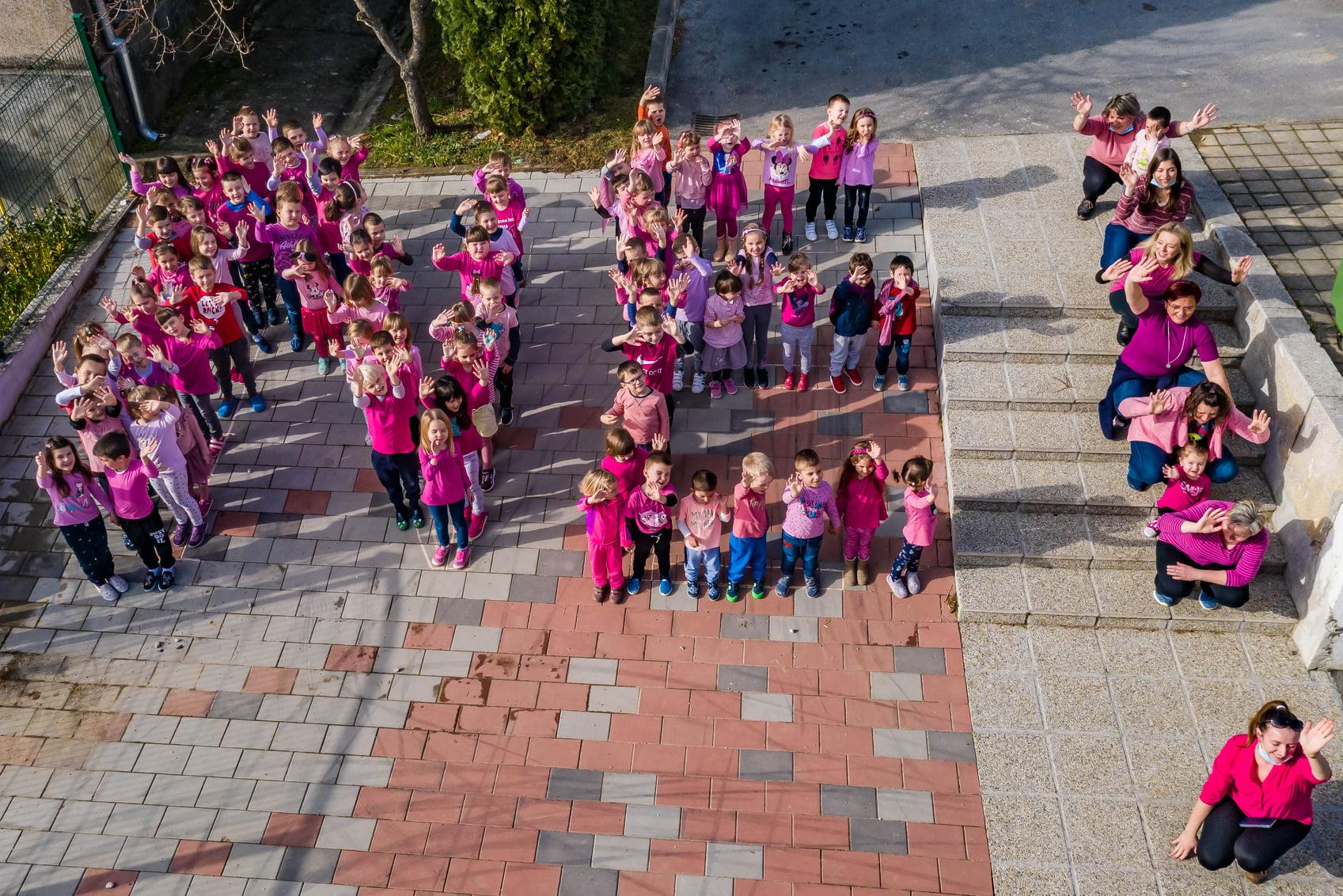Maleni Čazmanci obilježili Dan ružičastih majica