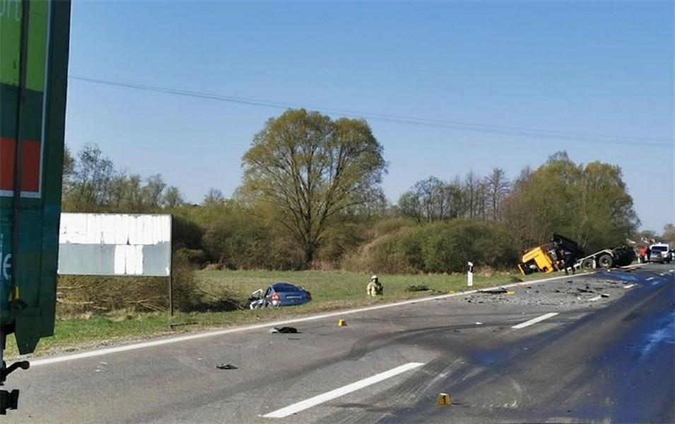 Automobil je prije sudara vrludao cestom, sumnja se da je vozaču pozlilo