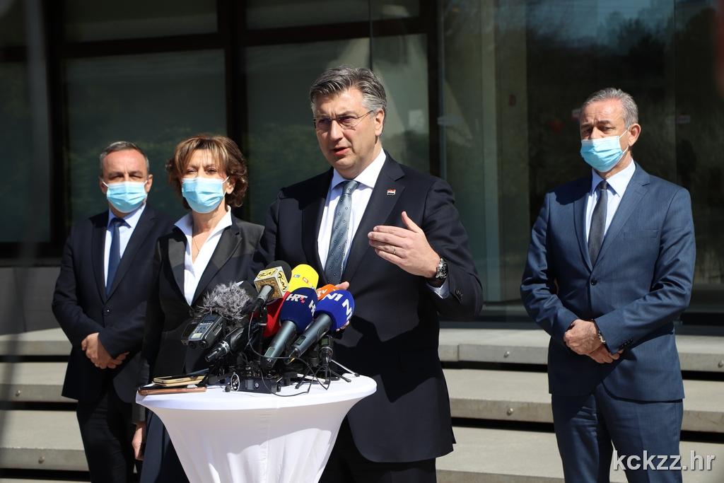 Premijer Plenković pozdravio 5,2 milijarde kuna vrijedne projekte KKŽ, obišao i Podravku