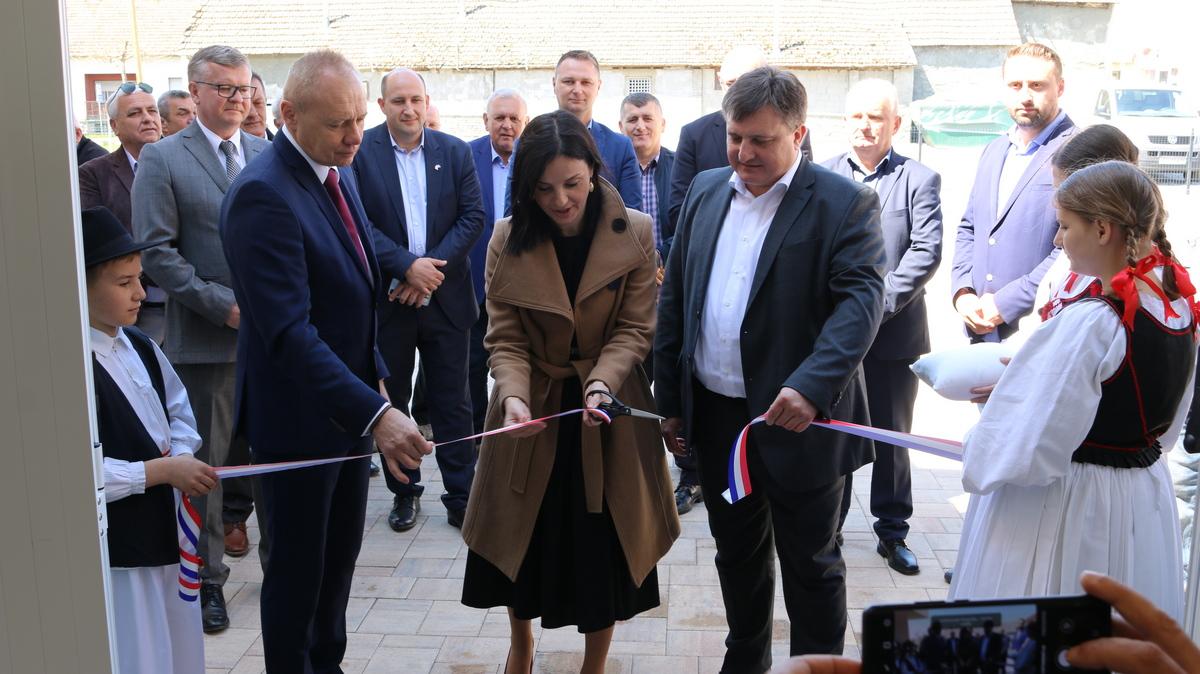 Rovišće slavi svoj dan uz otvorenje novog multifunkcijskog Kulturnog centra