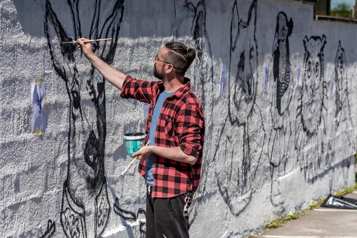 Čazmanski umjetnici oslikavaju javne površine