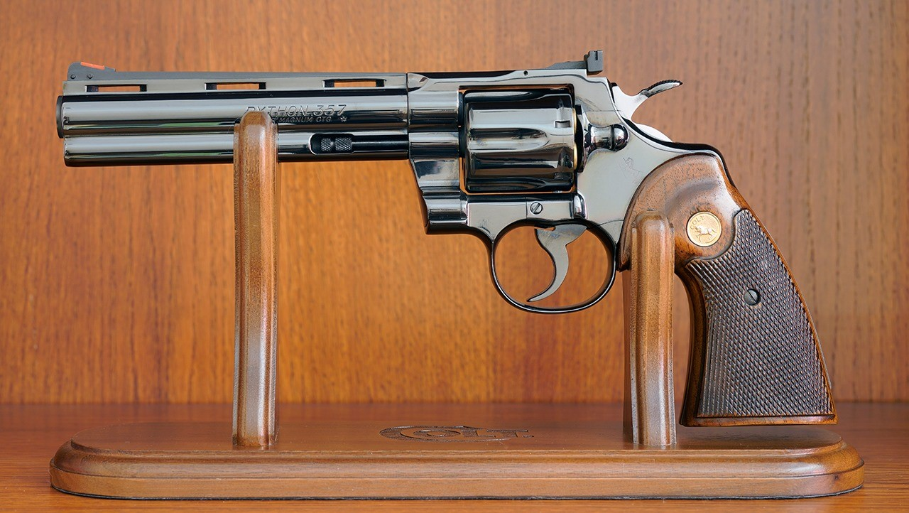 Zbrojovka kupila Colt