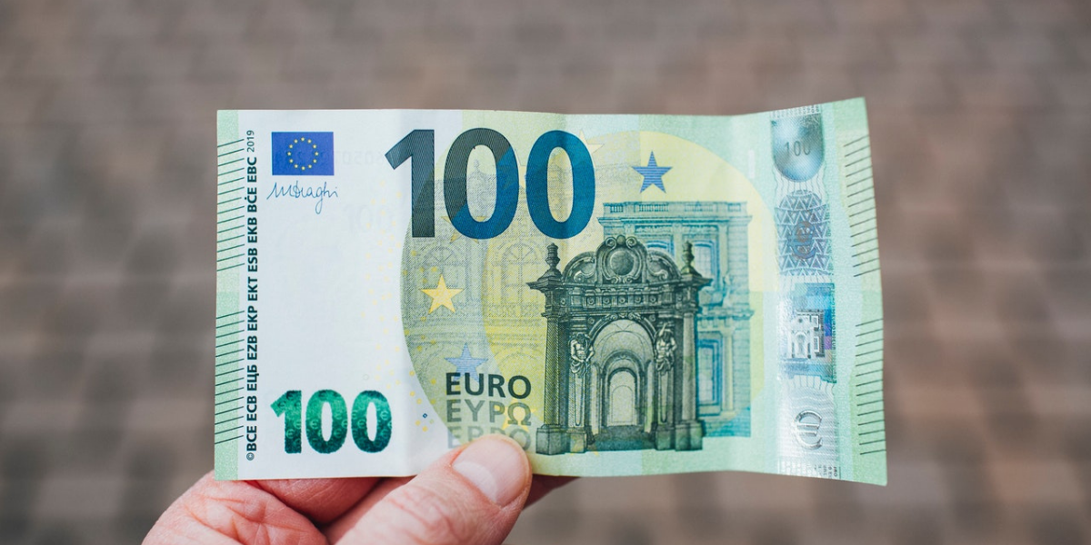 """""""Poklon bon"""" od sto eura"""