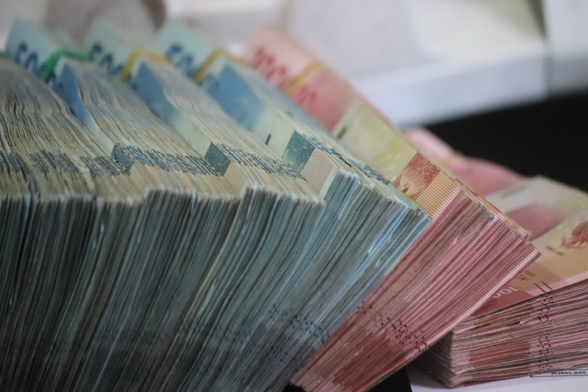 Uskoro kreće povrat poreza, mladima do 25 godina puni povrat