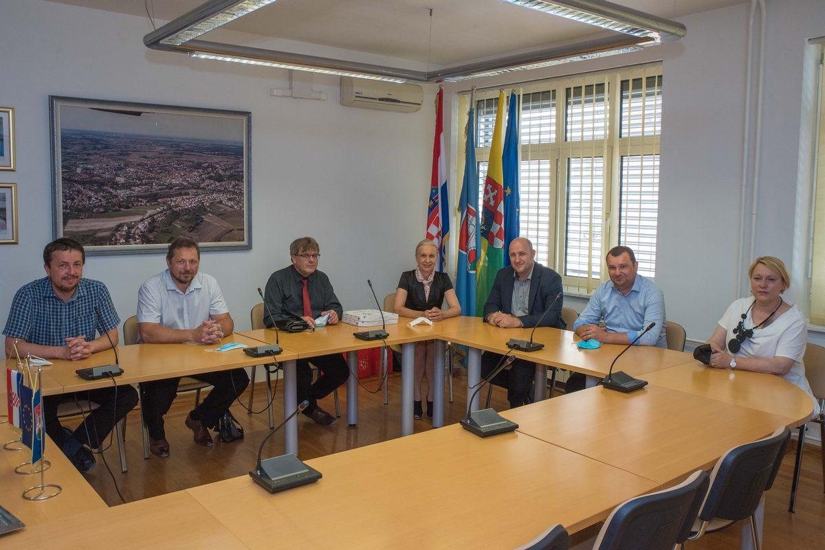 Dogovorena gospodarska i pčelarska suradnja sa češkim gradom