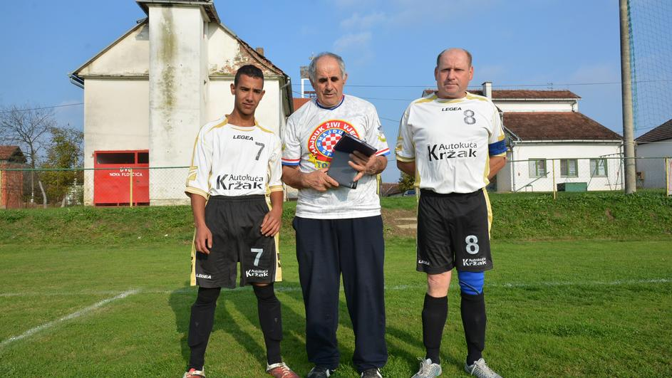 Najstariji aktivni nogometaš vjeruje da će Vatreni biti drugi u skupini