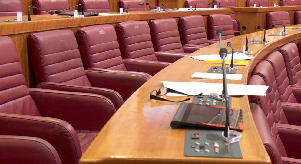 Bajs 'gura' SDP-ovku iz parlamenta, kome će se prikloniti?