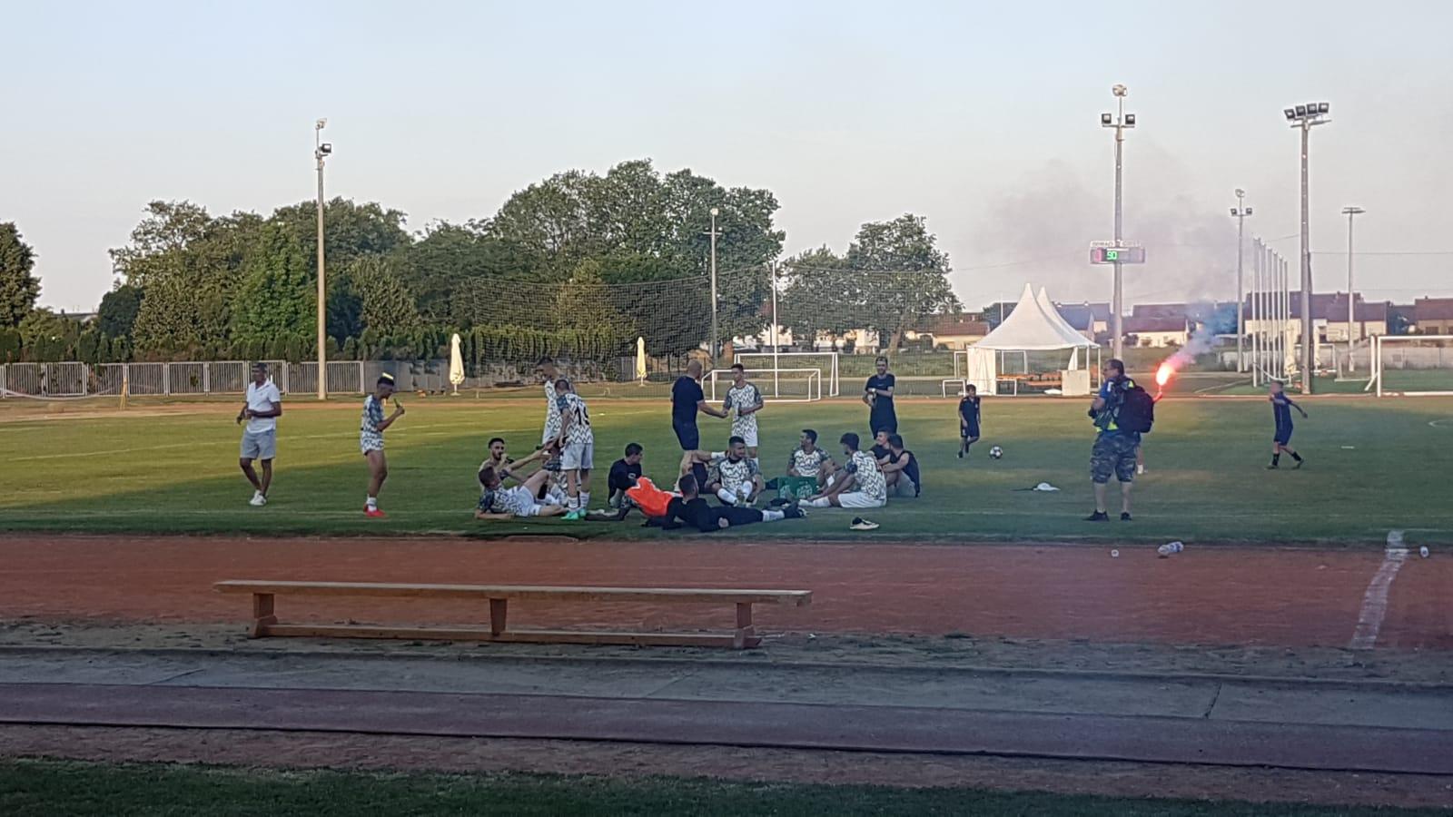 Mladost na prepunom Gradskom stadionu izgubila od Jaruna