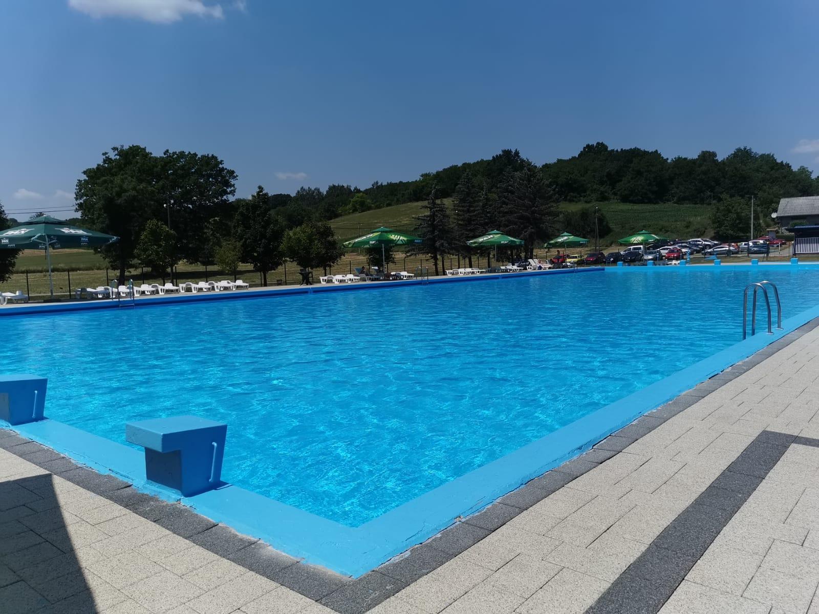 Otvoren bazen u Šandrovcu, danas je kupanje besplatno!