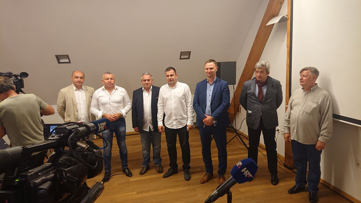Murtić okupio kulturnu elitu u Bjelovaru
