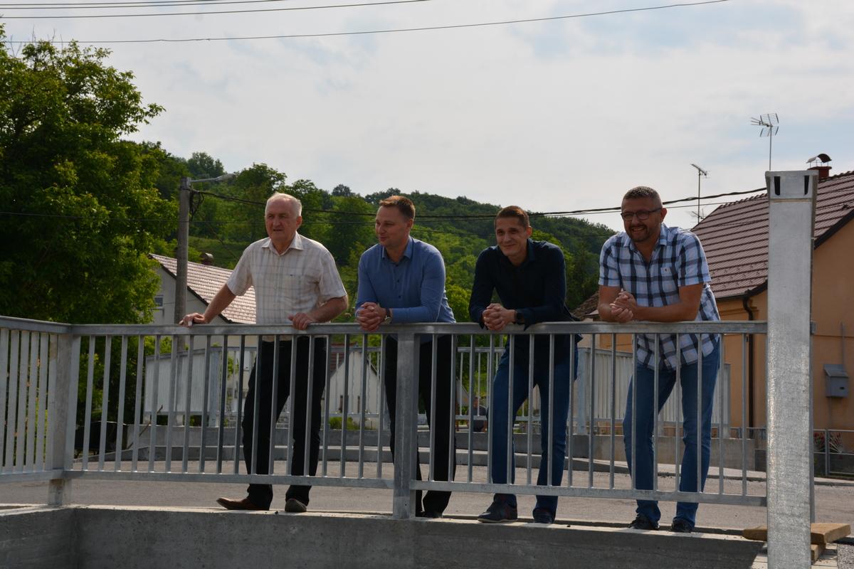 Župan i načelnik otvorili most u Siraču