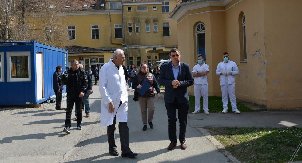 Bolnicom krenula priča o ostavci ravnatelja, Ali opovrgava i kaže da čeka razgovor s novim  županom