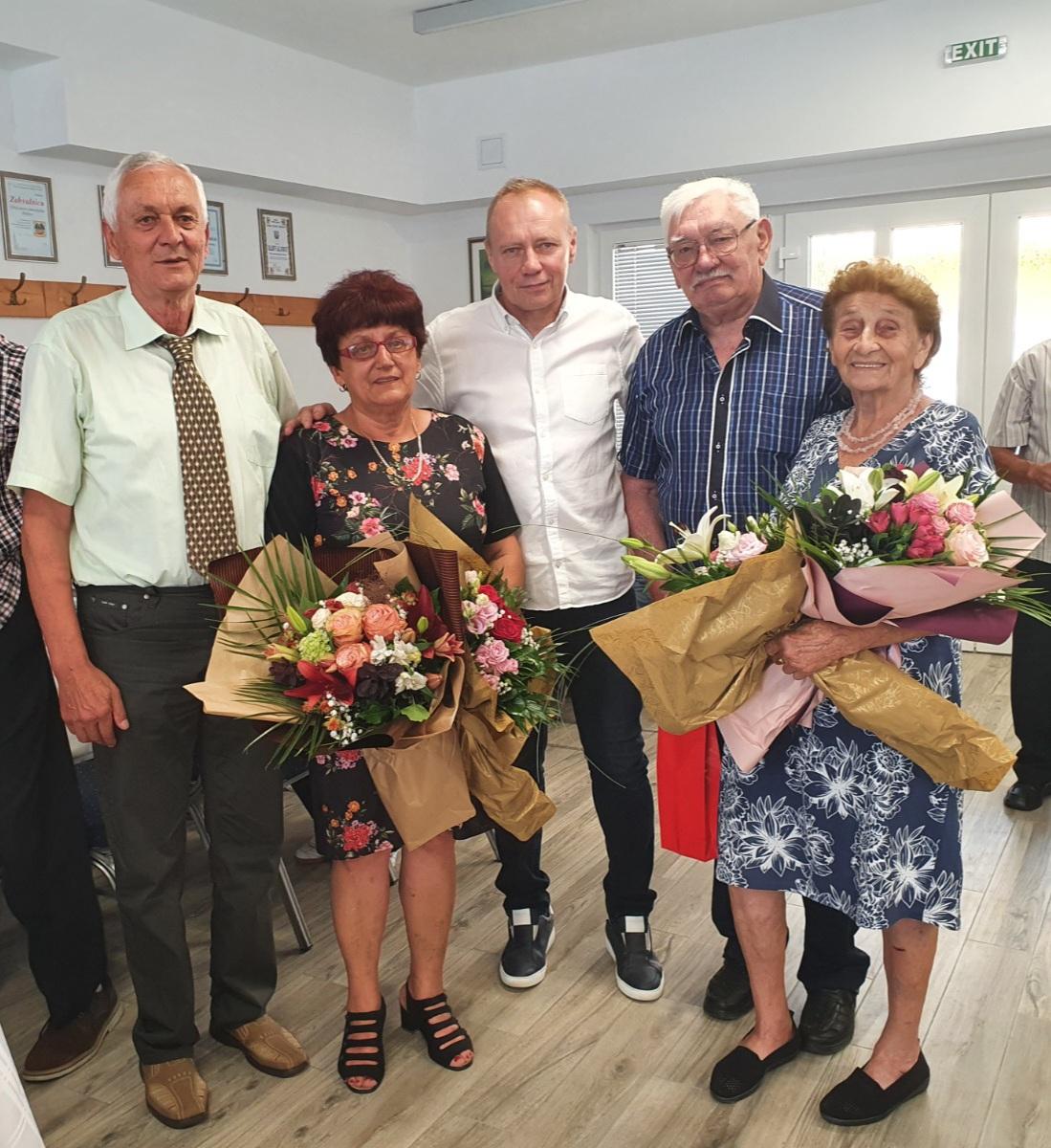 Supružnici Erdelja proslavili 50, a Lovrići čak 65 godina zajedničkog života!