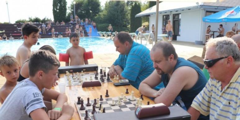 Za djecu i mlade šah na Lipičkim bazenima!