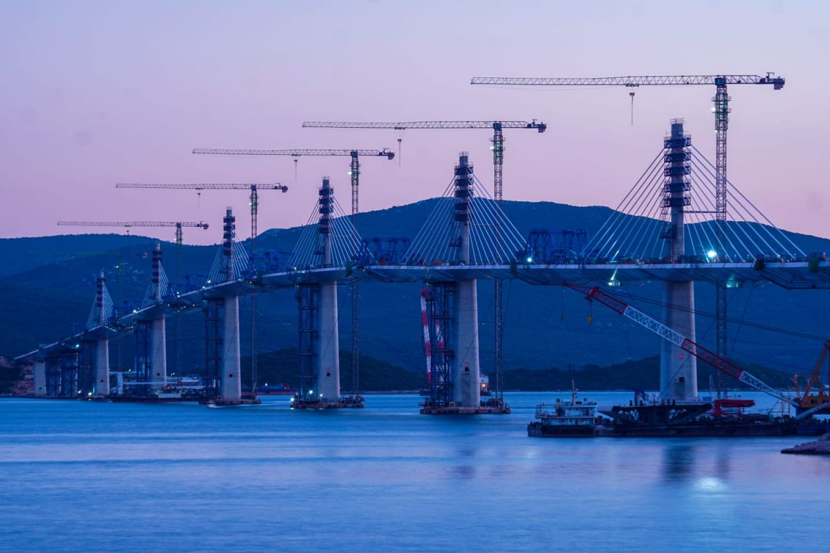 Radovi na Pelješkom mostu privode se kraju