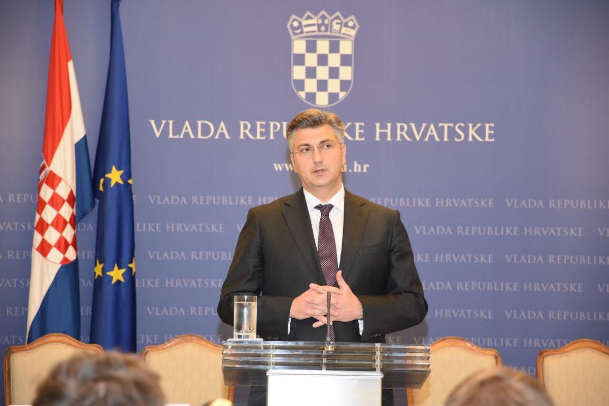 Prosječna plaća u Hrvatskoj do 2023. iznosit će tisuću eura