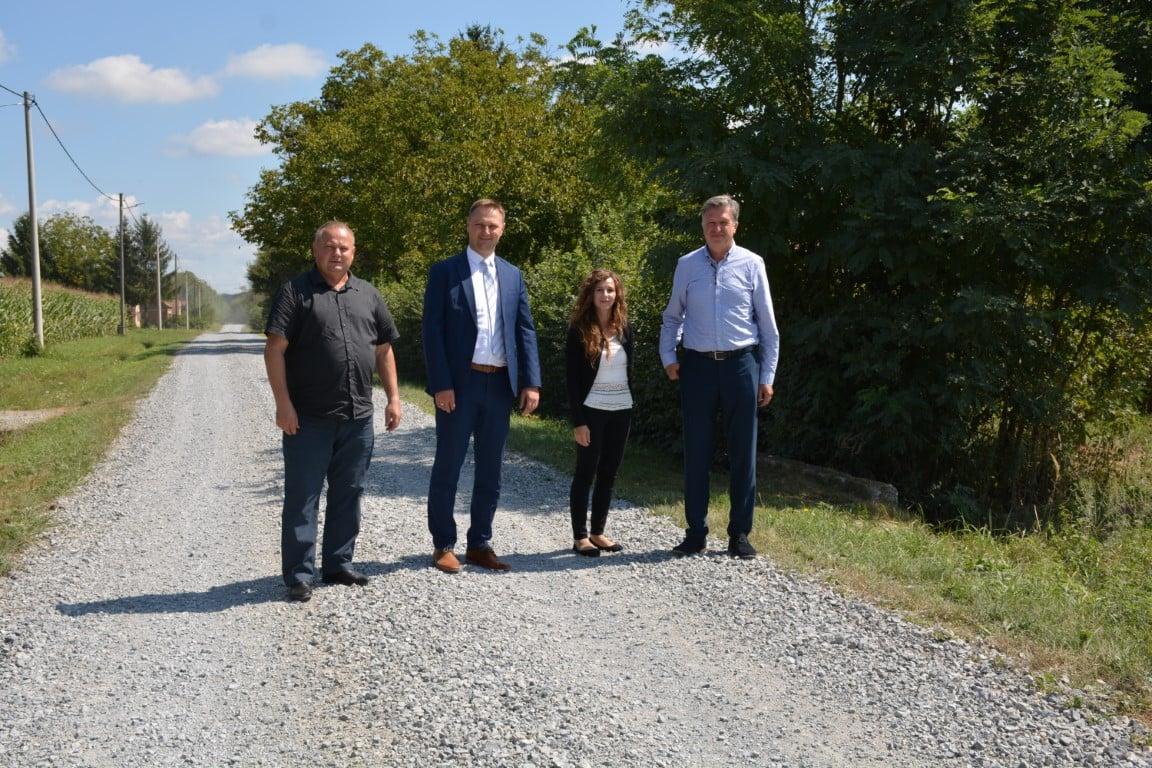 Stjepanović: 20 godina smo za ovo molili Županiju, no nismo bili prioritet. Sada ćemo konačno dobiti asfalt!